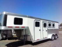 2020 Featherlite 7541 Legend GN 3-Horse